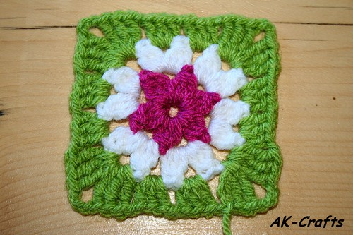 How To Crochet A Star Granny Square Star 2 With More Than One